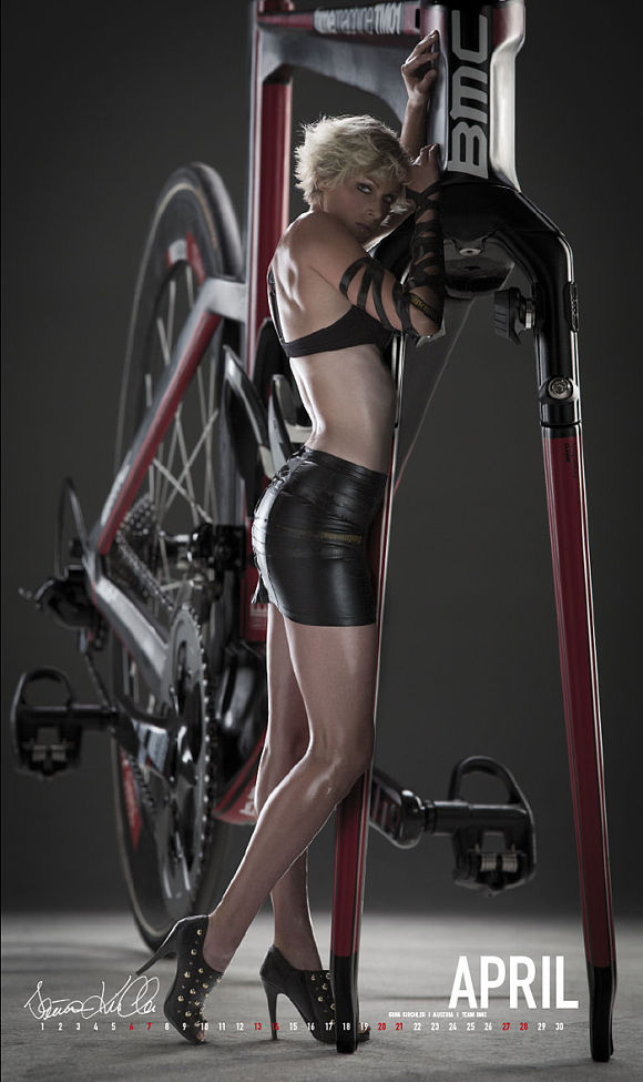 /calendrier-cycle-passion-2013/04-avril-2013.jpg