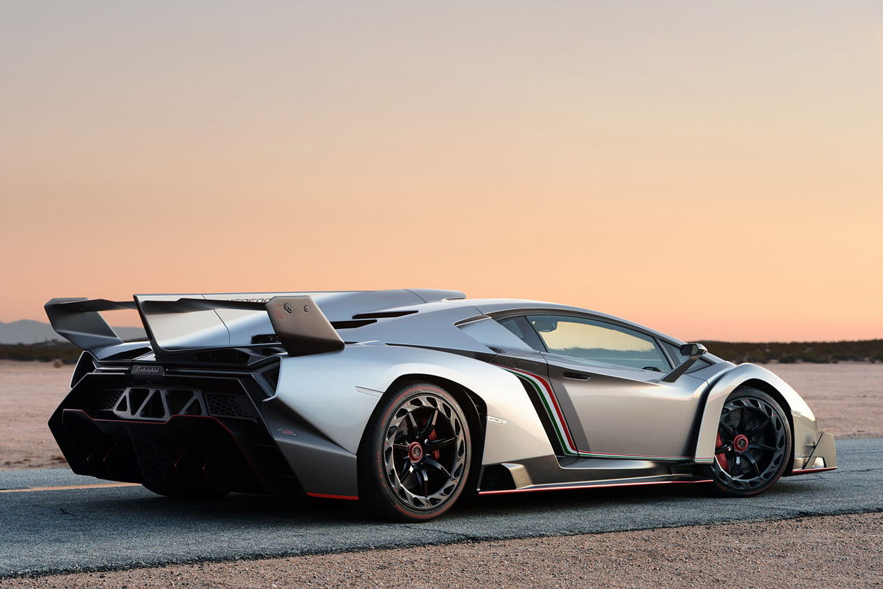 lamborghini veneno la lambo 3 6 millions d 39 euros. Black Bedroom Furniture Sets. Home Design Ideas