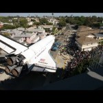 La navette spatiale Endeavour traverse Los Angeles en Time Lapse