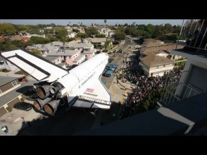 photos La navette spatiale Endeavour traverse Los Angeles en Time Lapse
