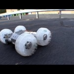 Un mini-robot capable de sauter  plus de 10 mtres
